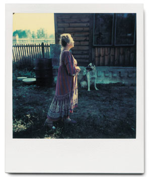 My mother, Larissa Tarkovsky, and Dak in Myasnoye. You may find a lot of similarities of these pictures with Gorkachov's dreams in Nostalgia.