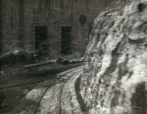 Train-trains (où est la voie?), Rania Stephan, 1999